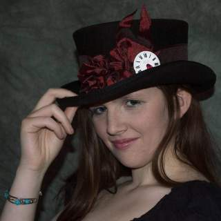 chloe in her new hat