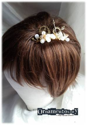 Semi Prescious Stones Quartz and Shell Bridal Steampunk inspired Hair Comb £15